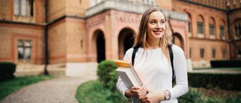What Colleges Have the Best Financial Aid Available?